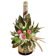 Oscar - Dry flower arrangement on a bottle