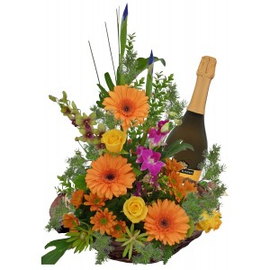 Sienna - Flowers and wine basket