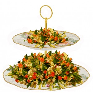 Irene - flower arrangement on Cake Stand Centerpiece
