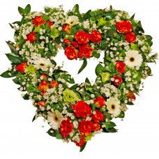 Heart of flowers - Seasonal flowers