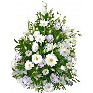 Абигейл - аранжировка с цветя