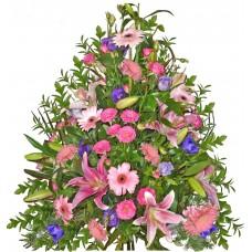 Магдалена - аранжировка с цветя
