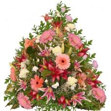 Елена - Аранжировка с цветя