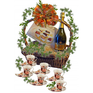 "Coffee set ""Roses"" in basket"