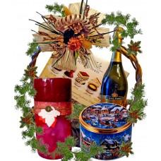 Ароматна свещ в кошница с подаръци