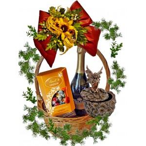 Кутия за бижута кошница с подаръци