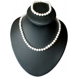 Leila - Cultured pearl necklace and bracelet