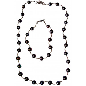 Vega - Pearl necklace and bracelet