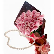 Pretty in pink # 6 - Roses & White Pearl Necklace