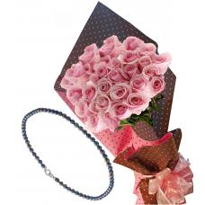 Pretty in pink # 7 - Roses & Black Pearls Necklace