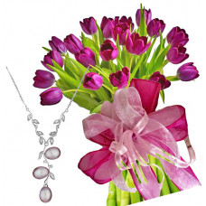 Agatha # 5 - Tulip bouquet and Pink Pearls Necklace