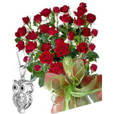 Saskia # 8 - Rose bouquet and Owl Pendant