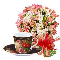 Aurora # 1 - Flower bouquet and Tea set