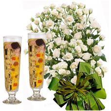 Olive # 8 - Roses and The Kiss - 2 Cocktail Glasses