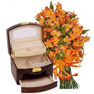 Emma # 4 - Bouquet and Jewelry Box Brown