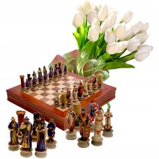 Bianka # 3 - Tulip bouquet and Historical chess set