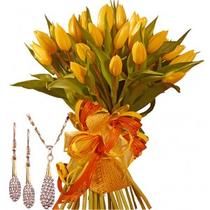 Giselle # 3 - Tulip bouquet and Jewelry set