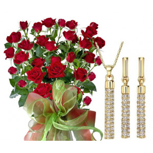Saskia # 4 - Roses and Jewelry Set