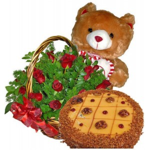 Chocolate Dreams - Roses, Cake and Teddy