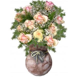 Просто чудесни рози - Аранжировка с рози
