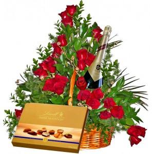 Романтична вечер - Рози, бонбони и вино