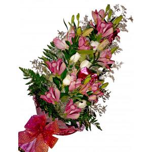 Louise - Flower bouquet